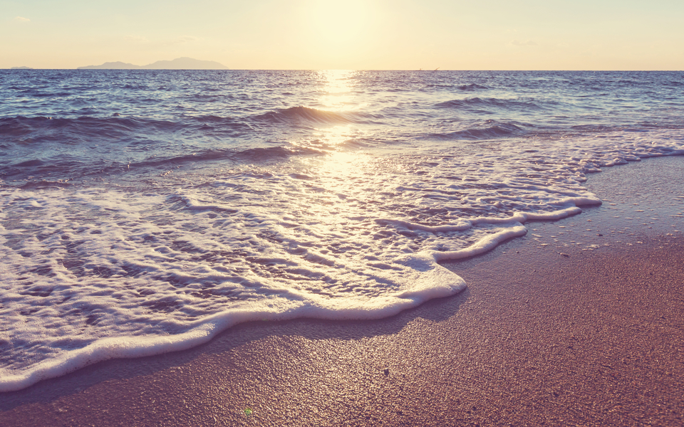 电脑壁纸 自然风景壁纸 海滩日落超大高清壁纸下载   (1/11) 小箭头