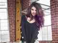 Selena-Gomez性感壁纸桌面