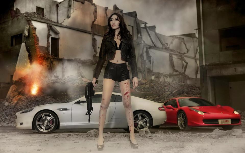 勇猛美女汽车高清桌面壁纸高清图片