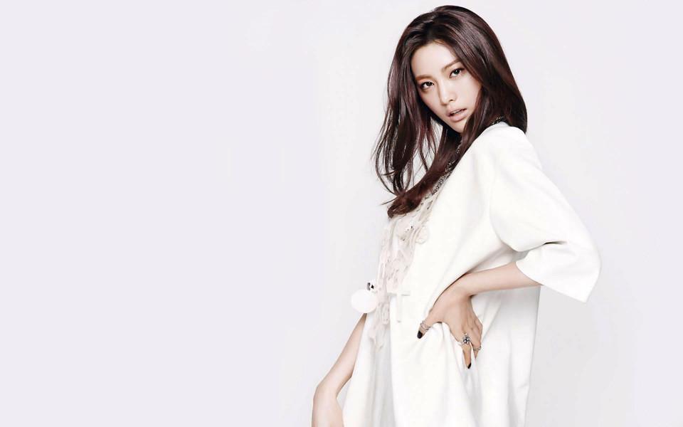 韩国美女明星林珍娜性感写真壁纸