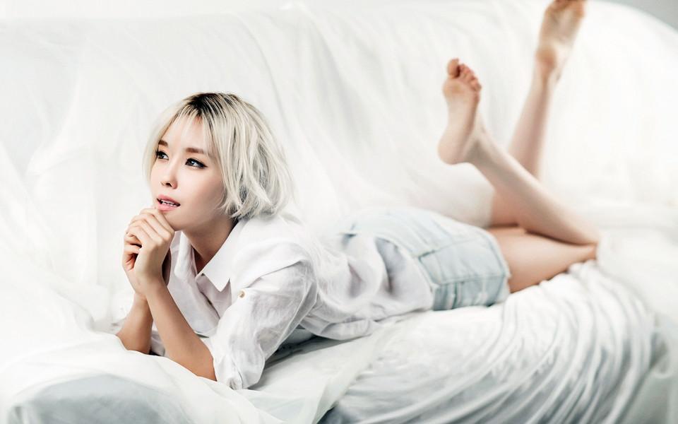 韩国美女明星朴孝敏桌面壁纸下载