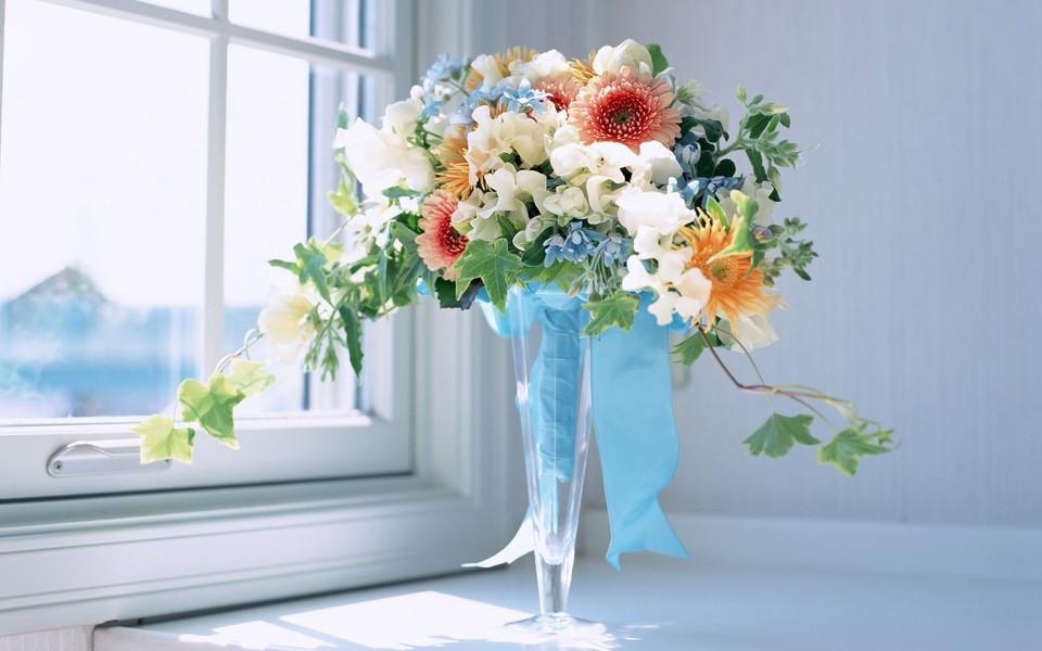 七夕鲜花装饰桌面壁纸