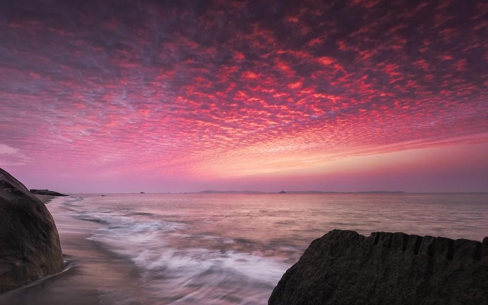 电脑壁纸 海滩壁纸 福建海岸的日出日落壁纸下载   (1/14) 小箭头图标